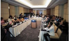 Indonesia Seeks Peace Building with International NGO    Lawyers, education experts, religious leaders, youth and women's groups, and journalists in Indonesia gathered together to forge social solidarity and cohesion through peace building measures