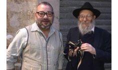 حاخام يهودي يوثق تحرك الملك محمد السادس في العاصمة الفرنسية