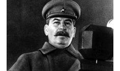 """مؤرخون يحذرون من محو """"فصول سوفياتية"""""""