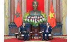 الملك ينشد توطيد العلاقات مع فيتنام الاشتراكية