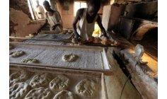 السودان يسكت المحتجين على ارتفاع أسعار الخبز