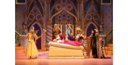 """""""الأميرة النائمة"""" تُبهرُ زوار دار الأوبرا السلطانية بالعاصمة العمانية"""