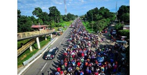 قافلة هجرة جديدة ترغب في دخول التراب الأمريكي