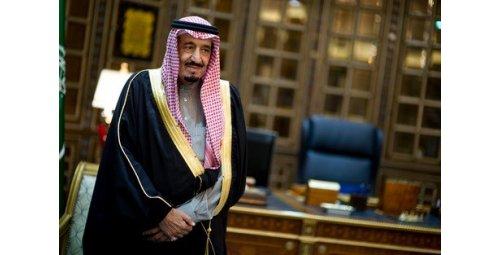العاهل السعودي يدعو إلى تحرك دولي ضد إيران