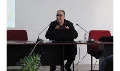 عمارة يقارب مرجعيات الشعر العربي المعاصر