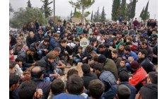"""""""كفرنبل"""" السورية تتمسّك بـ""""شمعة الثورة"""" أمام خيبات الأمل المتتالية"""