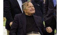 """الرئيس الأمريكي الأسبق """"بوش الأب"""" يفارق الحياة"""