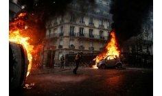 الحكومة الفرنسية تدرس فرض حالة الطوارئ بالبلاد