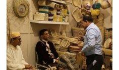 إبداعات حِرفية لمغاربة ذوي احتياجات خاصة تثير الانتباه في الإمارات