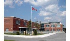 تهديدات عبر الإنترنت تغلق 15 مدرسة في كندا