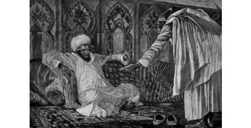 تقليد خلع الألبسة الفاخرة .. إنعام سلطاني واستمالة للنخب العسكرية