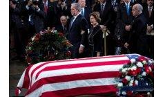 """الوداع الأخير يعيد جثمان """"بوش الأب"""" إلى تكساس"""
