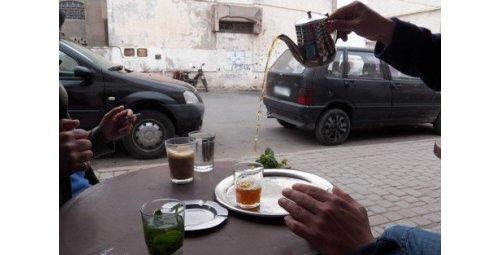 مغاربة يعتنون بالأقوال أكثر من الأفعال .. السبب أخطاء في التربية