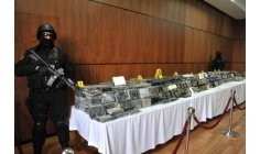 الأمنيون يكشفون محجوزات أكبر عملية لتهريب الكوكايين خلال هذا العام
