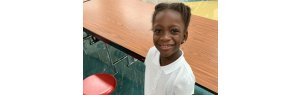 8-year-old girl creates charity and helps homeless children