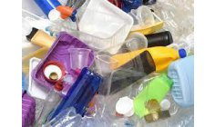 Disposable plastic is now considered toxic waste in Canada