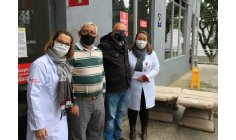 Gratitude! Covid cured patient makes a donation to the hospital that attended him