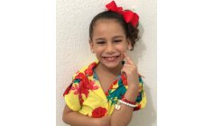 8-year-old deaf dancer teaches Libras for children: inclusion